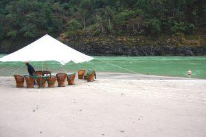 Les plages de sable blanc près du Gange