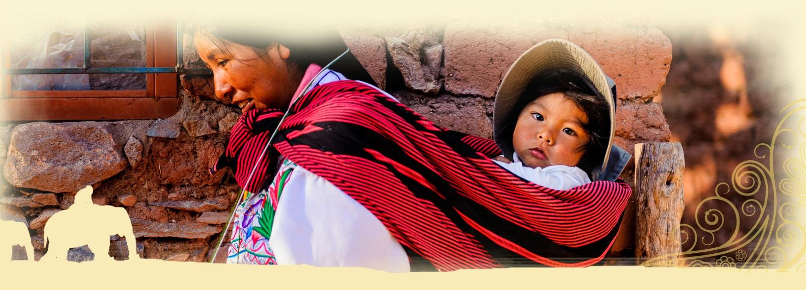 Paysans sur l'île d'Amantani au Pérou - Voyage organisé en petit groupe offert par l'agence de voyage Les routes du Monde