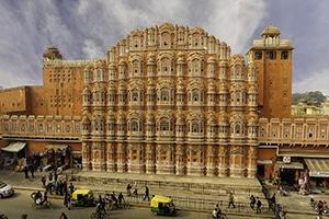 Voyage organisé sur mesure - palais des vents de Jaipur - Inde du nord - Agence de voyage Les Routes du Monde