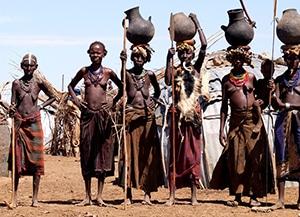 Voyage organisé en petit groupe - peuple Dessanetch - Éthiopie du sud - Agence de voyage Les Routes du Monde