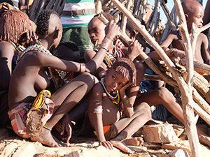 Voyage organisé en petit groupe - peuple Hamer - Éthiopie du sud - Agence de voyage Les Routes du Monde