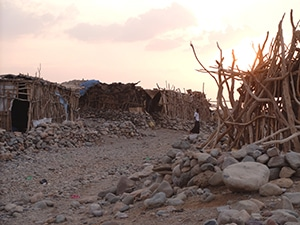 Voyage organisé en petit groupe - village Ahmedila Danakil - Éthiopie - Agence de voyage Les Routes du Monde