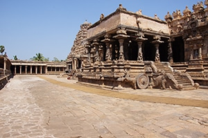Voyage organisé en petit groupe - Kumbakonam Tamil Nadu - Inde du sud - Agence de voyage Les Routes du Monde