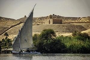 Voyage organisé en petit groupe - Assouan Aga Khan - Egypte - Agence de voyage Les Routes du Monde