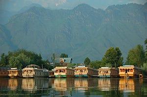 Voyage organisé sur mesure - Srinagar houseboat - Inde du nord - Agence de voyage Les Routes du Monde