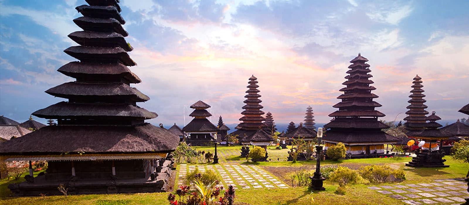 Voyage organisé en petit groupe - Bali - Agence de voyage Les Routes du Monde
