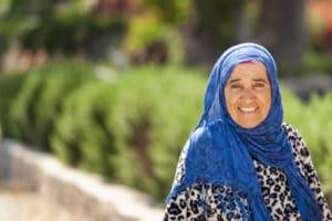 Portrait d'une marocaine à Oualidia au Maroc - Les Routes du Monde