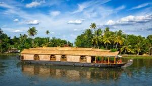 Voyage organisé en petit groupe - houseboat Kerala - Inde - Agence de voyage Les Routes du Monde