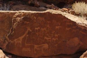 Voyage organisé en petit groupe - Twyfelfontein - Namibie - Agence de voyage Les Routes du Monde