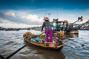 Voyage organisé en petit groupe - Marché Cai Rang Cantho - Vietnam - Agence de voyage Les Routes du Monde