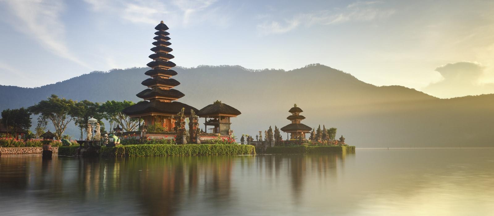 Voyage organisé en petit groupe - Danau Bratan - Bedugul - Bali - Indonésie - Agence de voyage Les Routes du Monde