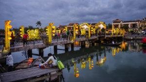 Voyage organisé en petit groupe - pont d'Hoian - Vietnam - Agence de voyage Les Routes du Monde