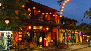 Voyage organisé en petit groupe - lanternes d'Hoian - Vietnam - Agence de voyage Les Routes du Monde