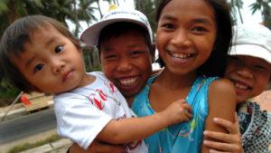 Voyage organisé en petit groupe - Saigon enfants - Vietnam - Agence de voyage Les Routes du Monde