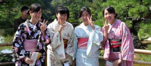 Voyage organisé en petit groupe - écolières - Japon - Agence de voyage Les Routes du Monde