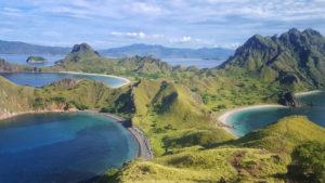Voyage organisé en petit groupe - Île de Padar - Komodo - Florès - Indonésie - Agence de voyage Les Routes du Monde