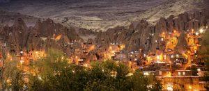 Voyage organisé en petit groupe - Kandovan - Iran - Agence de voyage Les Routes du Monde