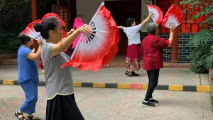 Voyage organisé en petit groupe - Danse - Chine - Agence de voyage Les Routes du Monde