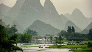 Voyage organisé en petit groupe - Yangshuo - Bamboo rafting - Chine - Agence de voyage Les Routes du Monde