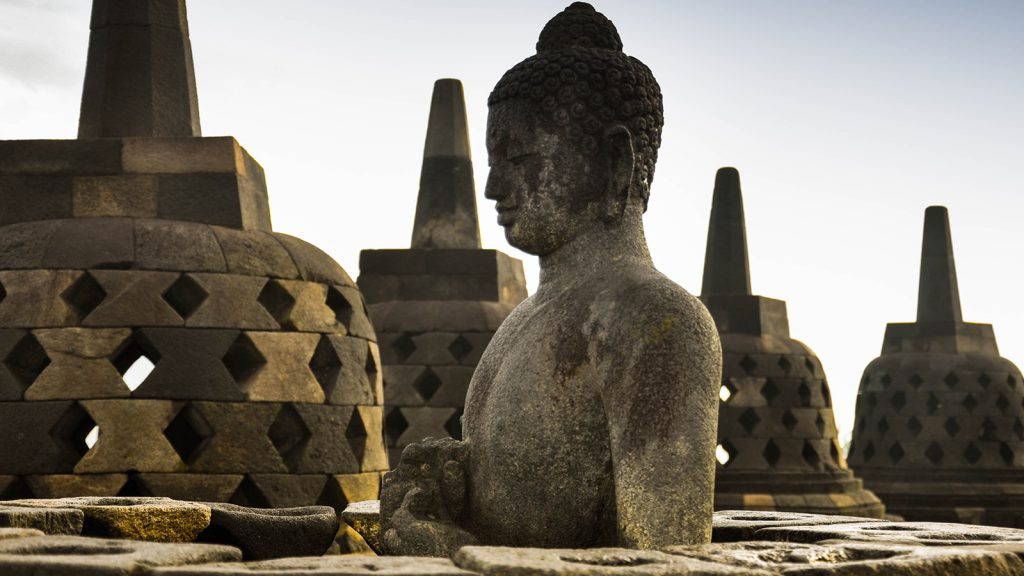 Voyage organisé en petit groupe - Borobodur - Indonésie - Agence de voyage Les Routes du Monde