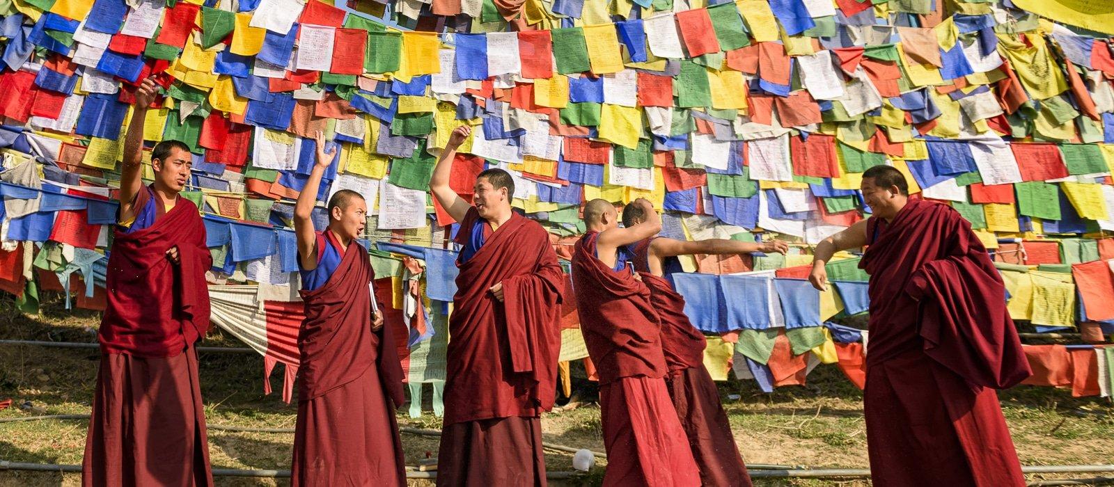 Voyage organisé en petit groupe - moines Bon- Inde du nord - Agence de voyage Les Routes du Monde