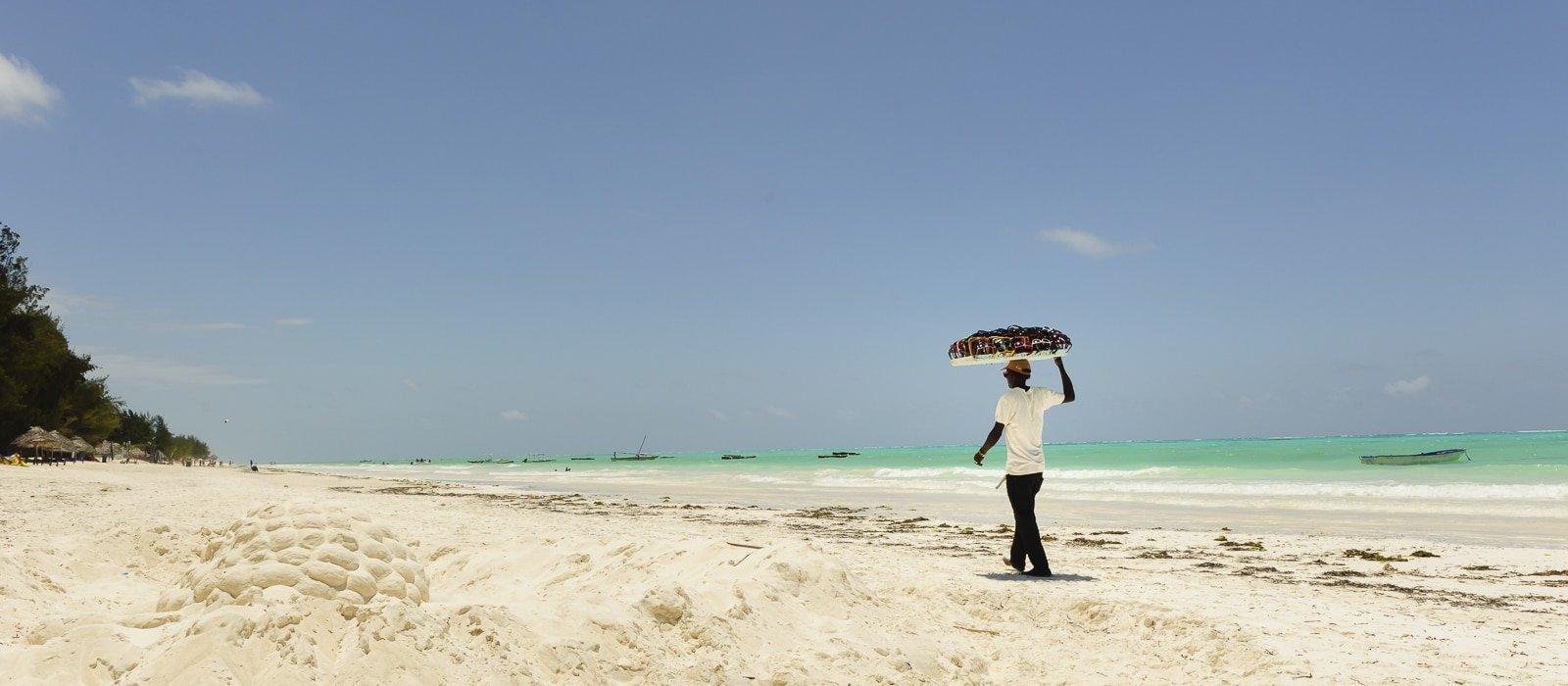 Voyage organisé en petit groupe - Plage Zanzibar - Tanzanie - Agence de voyage Les Routes du Monde