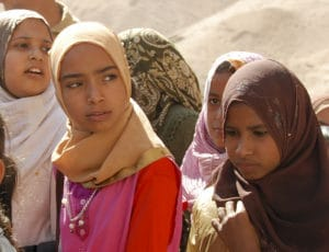 Voyage organisé en petit groupe - jeunes filles - Egypte - Agence de voyage Les Routes du Monde