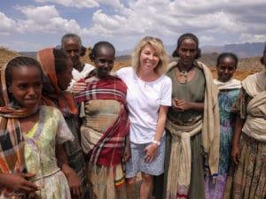 Voyage organisé en petit groupe - femmes tigrées - Éthiopie - Agence de voyage Les Routes du Monde