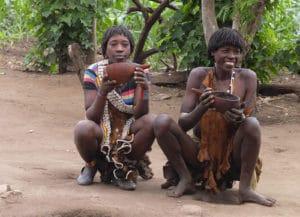 Voyage organisé en petit groupe - café chez les Banas - Éthiopie - Agence de voyage Les Routes du Monde