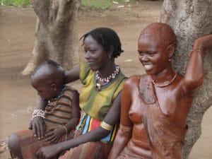 Voyage organisé en petit groupe - femme ethnie Bana - Éthiopie - Agence de voyage Les Routes du Monde
