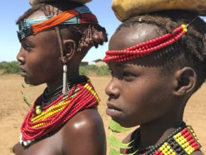 Voyage organisé en petit groupe - jeunes filles Dessanetch - Éthiopie - Agence de voyage Les Routes du Monde