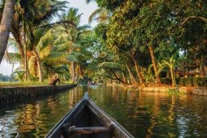 Voyage organisé en petit groupe - les backwaters - Inde - Agence de voyage Les Routes du Monde