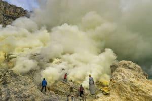 Voyage organisé en petit groupe - Mont Kawah Ijen - Java - Indonésie - Agence de voyage Les Routes du Monde