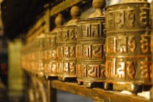 Voyage organisé en petit groupe - moulins à prières - Népal - Agence de voyage Les Routes du Monde