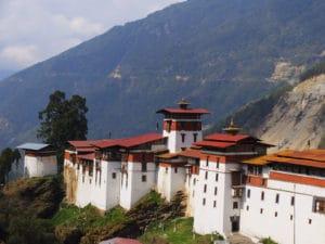 Voyage organisé en petit groupe - dzong - Bhoutan - Agence de voyage Les Routes du Monde