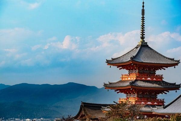 Voyage organisé en petit groupe - Sanctuaire Asama et Fuji - Japon - Agence de voyage Les Routes du Monde